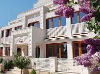 Amira Boutique Hotel Heviz - 4-star wellness and spa hotel in Heviz