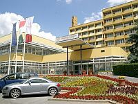 Hotel Helios Heviz - accommodation and hotelroom at discount prices in Heviz, in Hunguest Hotel Helios